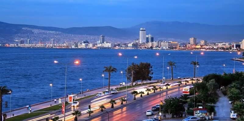 Onde Ficar em Izmir na Turquia: Arredores da Praia