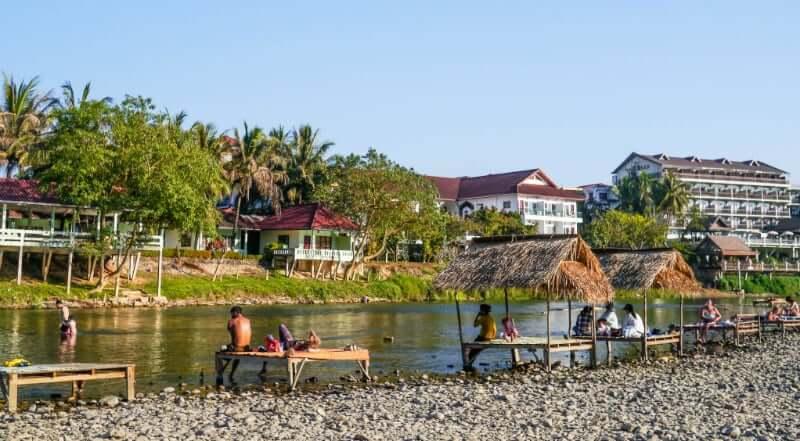 Onde Ficar em Vang Vieng em Laos: Próximo ao Rio